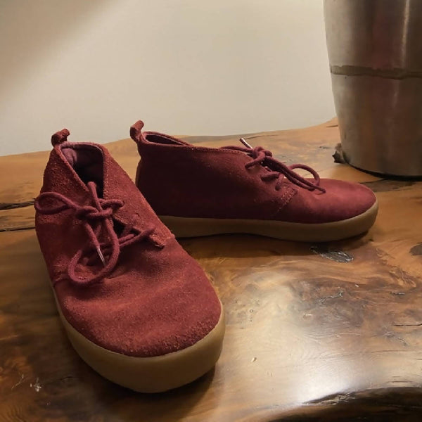 Gap boys burgundy suede desert boots, UK 12