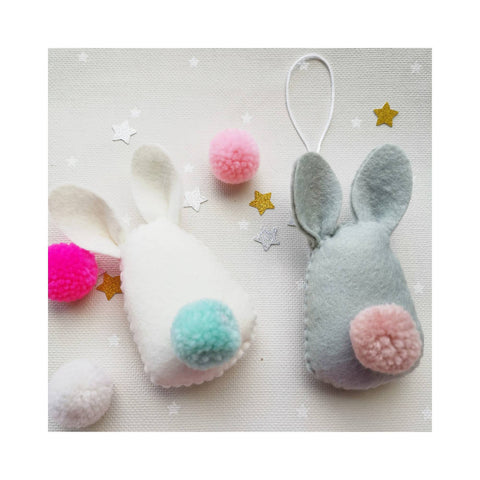 Hanging pom pom bunny decoration