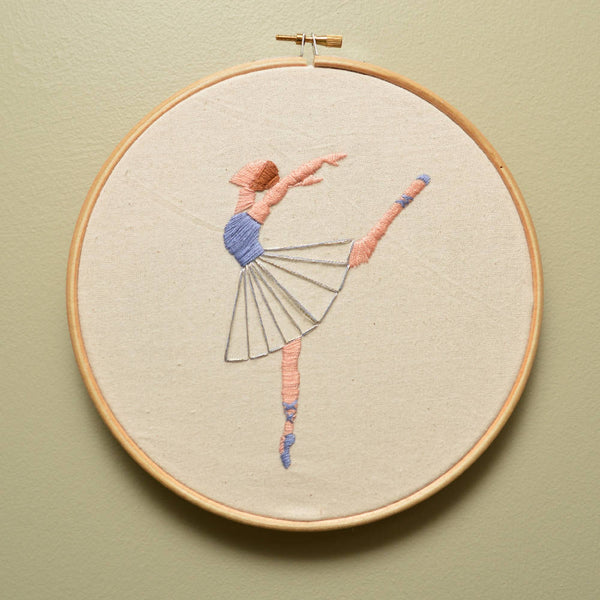Ballet dancer hand embroidered hoop - Wall Art