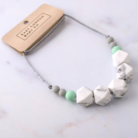 Dalston teething necklace