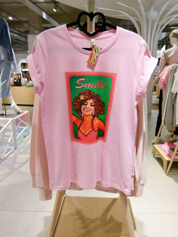 Candy pink 'Smile' tee