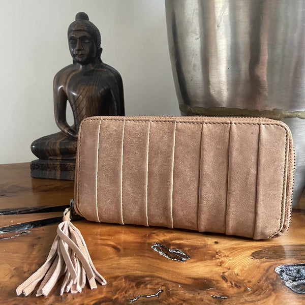 Urbancode tan leather wallet