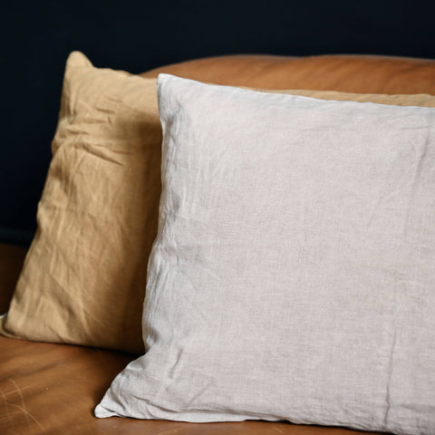 60 x 40 linen accent cushion