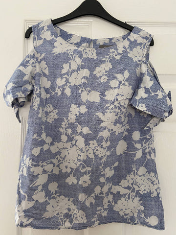 Oasis blue/white floral cold shoulder top, size 14