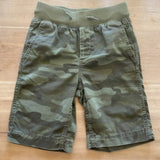 Gap boys camo bermuda shorts, size S