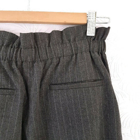 Uniqlo Pinstriped Grey Paperbag Trousers Small
