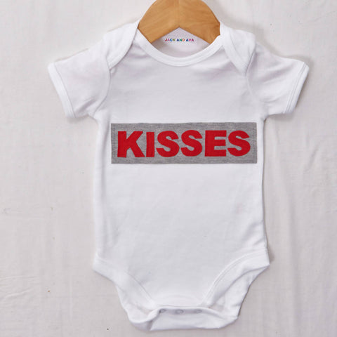Kisses Baby grow, size 0-3 months