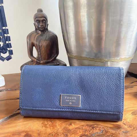 Fossil navy leather women's wallet, unused
