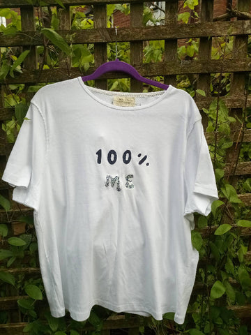 Upcycled logo t-shirt 100% Me
