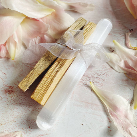 Palo Santo and Selenite Space Cleansing Kit