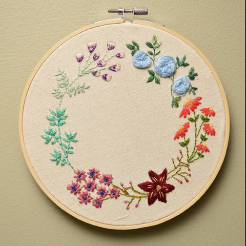 Flower wreath embroidery hoop - Wall Art