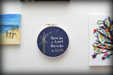 Dandelion motif embroidery hoop - Wall Art