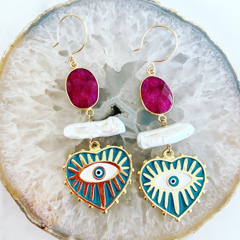 Ruby Corázon Earrings
