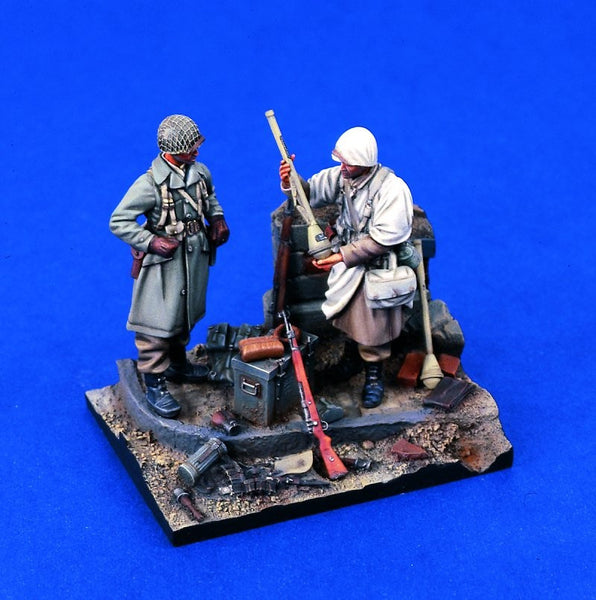 Verlinden 1/35 Spoils of War WWII GIs Vignette  | VER1292