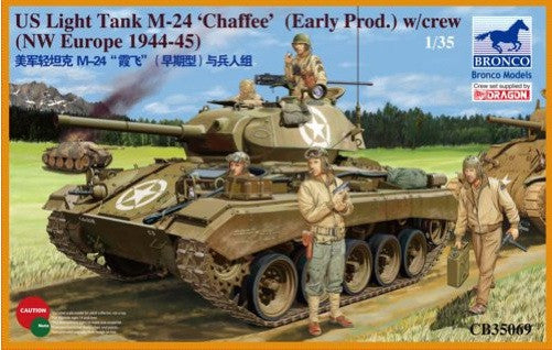 Bronco 1/35 US M-24 Chaffee Light Tank w/Crew | 35069