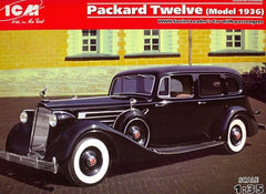 ICM 1/35 Packard Twelve (Model 1936) WWII Soviet Leader's Car with Passengers (4 Figures) | 35535