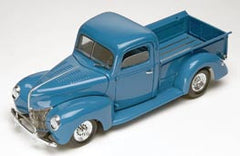 Revell 1/24 '40 Ford Custom Pickup  | REV85-4928