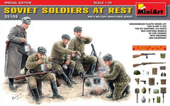 MiniArt 1/35 Soviet soldiers at rest | MA35109