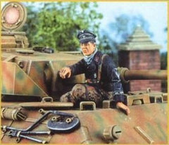 Nemrod 1/35 German Tanker seated  | 35020