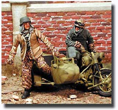 Warriors 1/35 SS Motorcycle Crew in Winter Dress | 35482