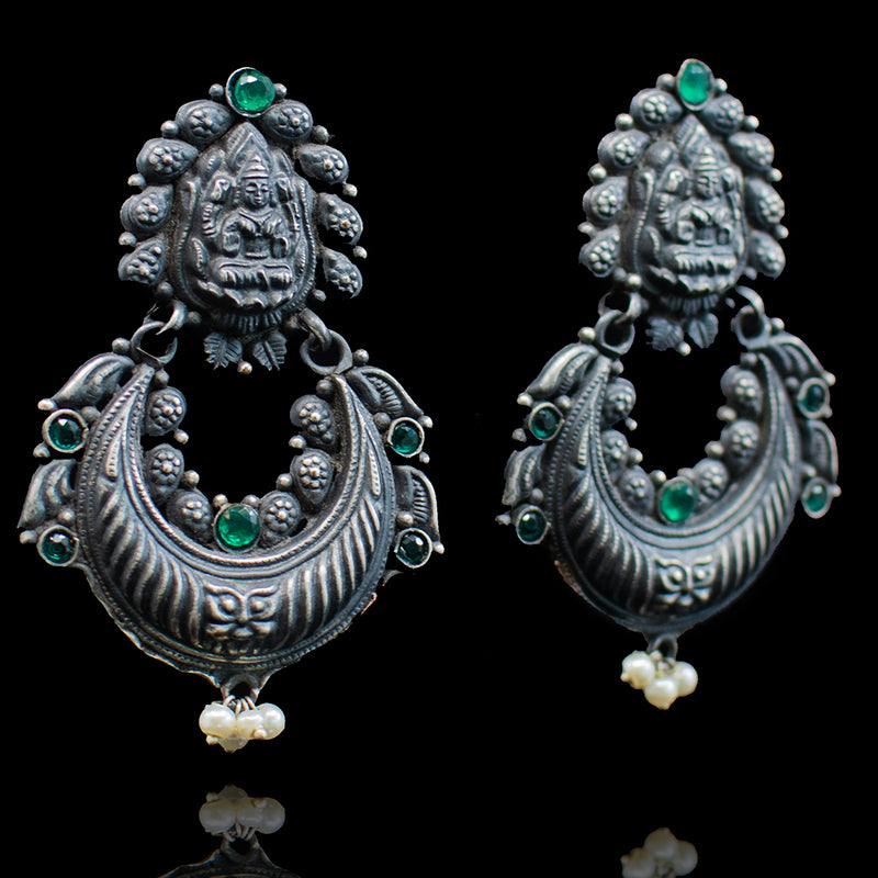 Neeza Earrings