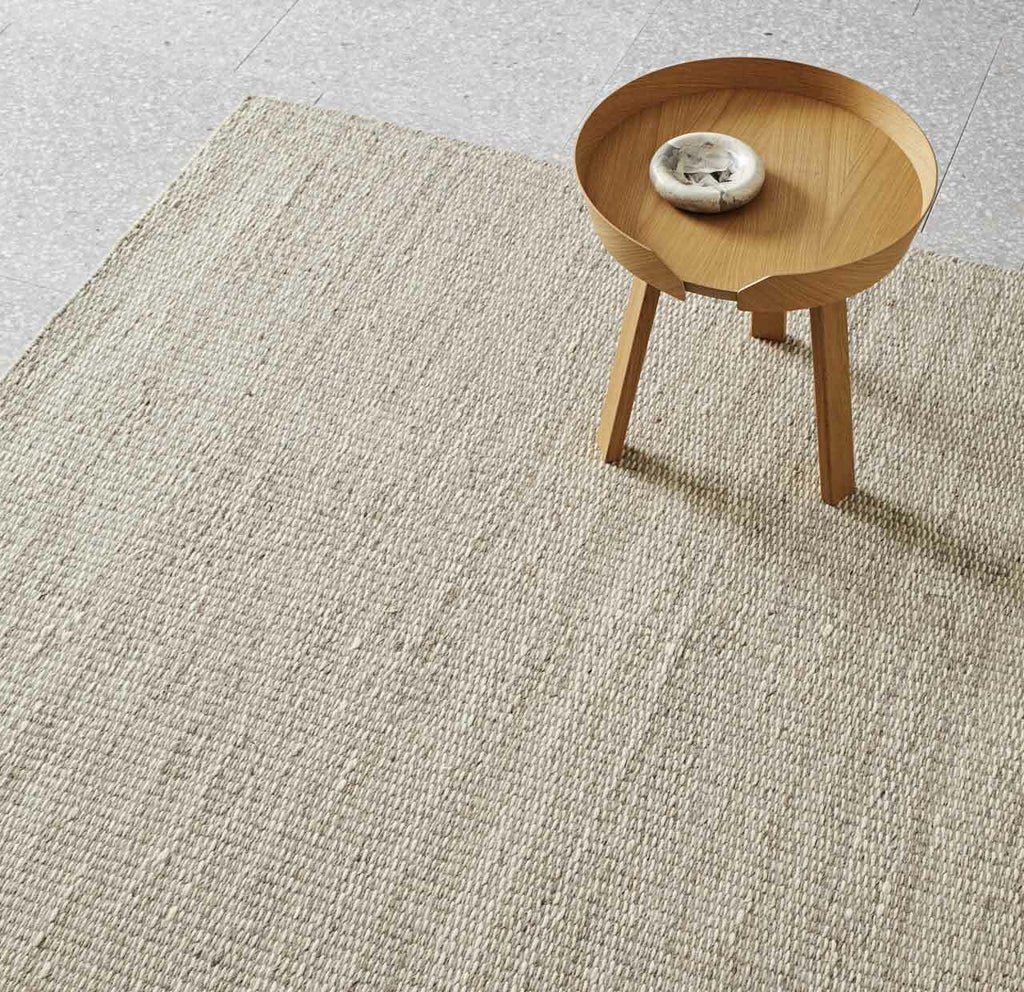 JIMARA FLOOR RUG, FEATHER