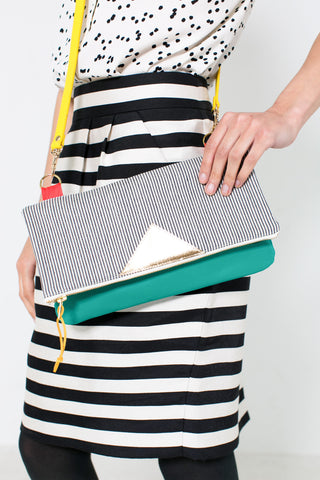 Convertible crossbody clutch in emerald green