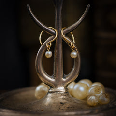18ct Gold Hoop Natural Pearl Earrings