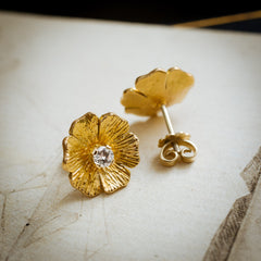 Stunning 1970's 18ct Gold Wild Dog Rose Diamond Stud Earrings