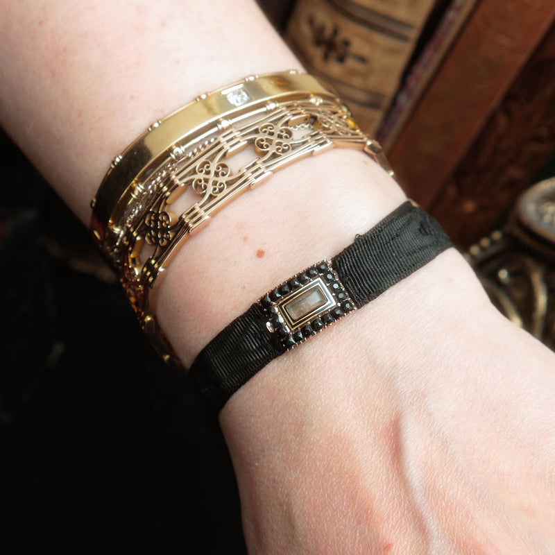 Date 1807 French Jet Mourning Bracelet