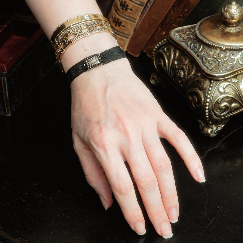 Date 1807 French Jet Ribbon Mourning Bracelet