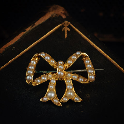 Dreamy Victorian 15ct Gold and Seed Pearl Bow Brooch