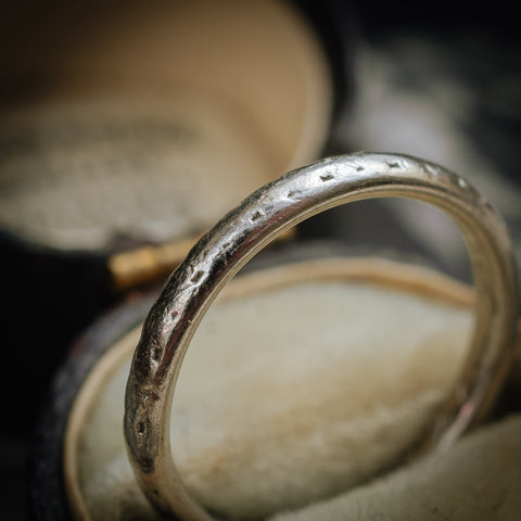 Vintage Platinum Wedding Band Ring