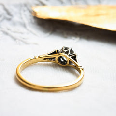 A Restrainedly Lovely Vintage Diamond Solitaire Ring