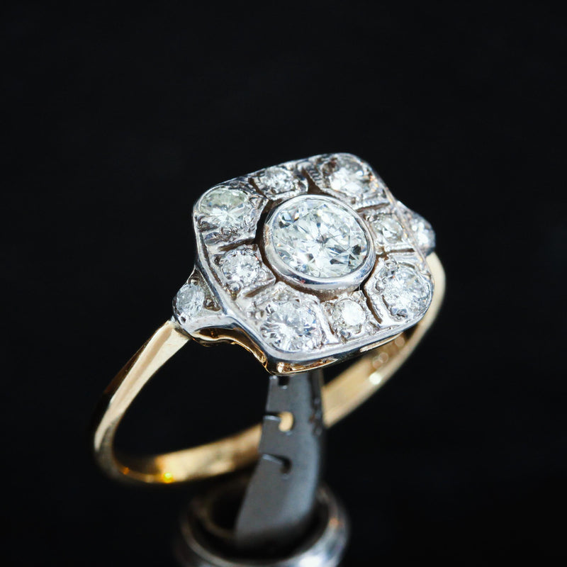 Lovely Art Deco Diamond Cluster Ring