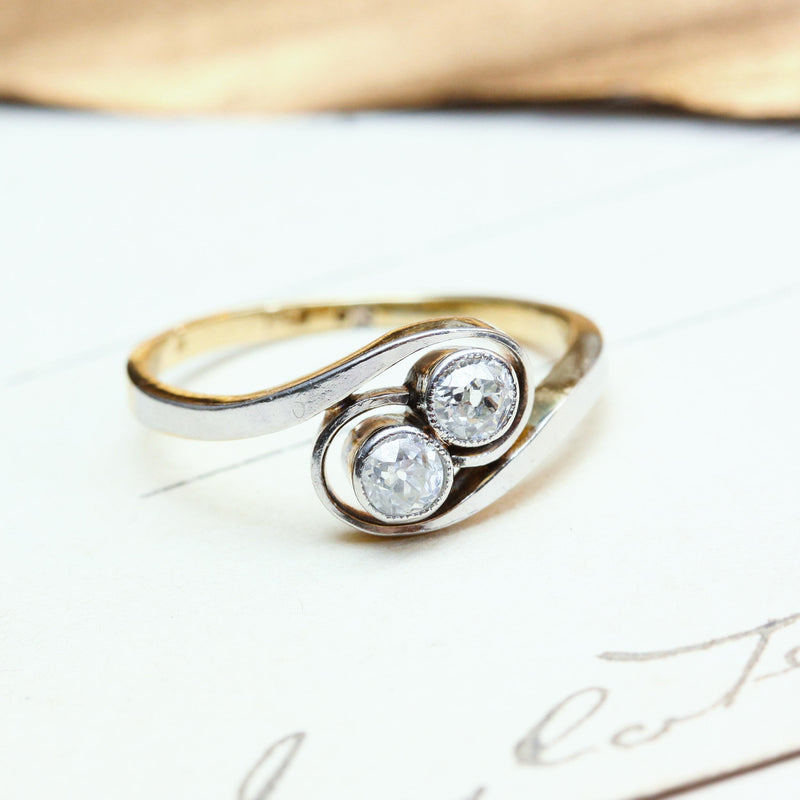 A Romantic 'Toi et Moi' Diamond Engagement Ring