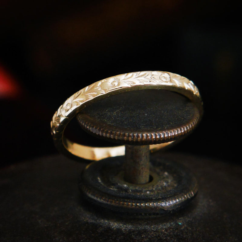 Fetheray Vintage Style 'Flora' Gold Wedding Ring