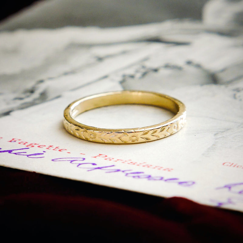 Vintage Style 'Flora' Gold Wedding Ring