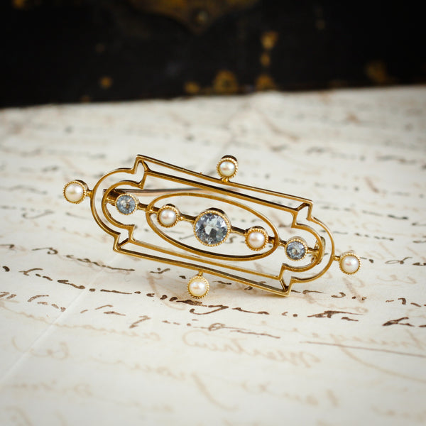 Ethereal Edwardian 15ct Gold Aquamarine Brooch