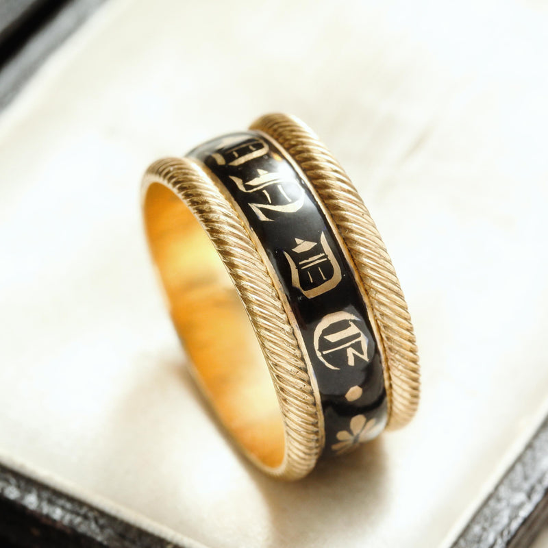 IN MEMORY Of Love, Date 1817 Enamelled Mourning Ring