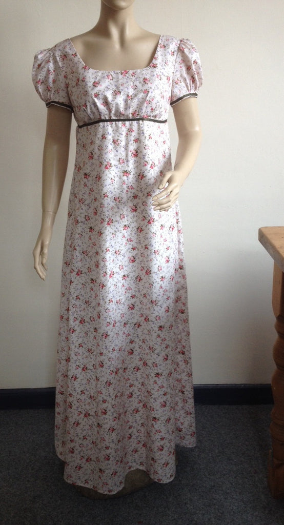 Regency dress - Elizabeth ~ Floral print on 100% cotton