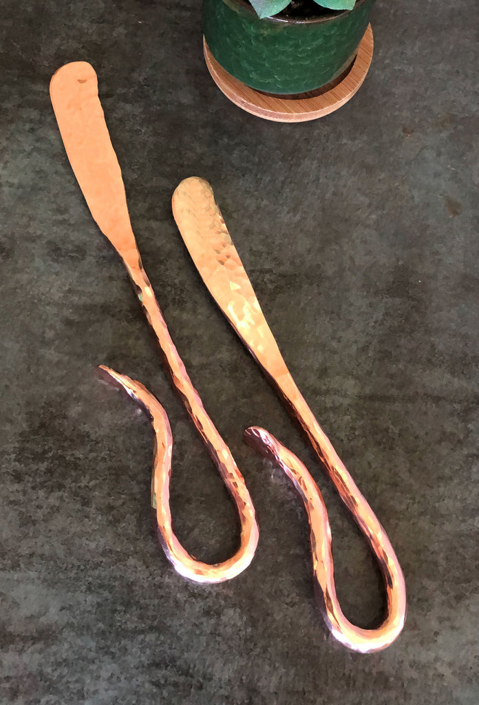 hammered copper spreader