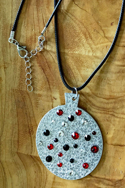 Round Ornament Necklace