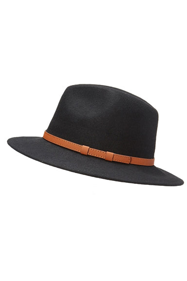 Belted Panama Hat in Black