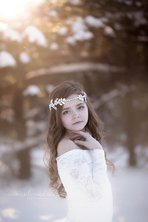 Aria Crown {white}