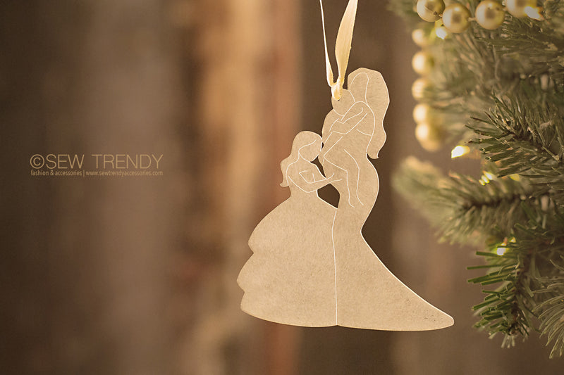 Maternity Christmas Ornament • Mama and Her Loves