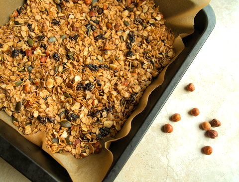 healthy homemade hazelnut granola