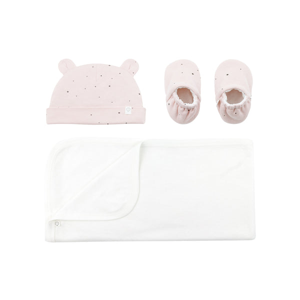 stardust baby booties, white blanket and little bear hat