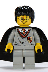 Harry Potter, Gryffindor Shield Torso, Light Gray Legs 4730 4702 4712 4704 4729