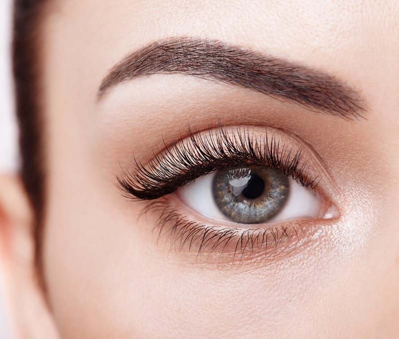 3 Tips For Using Eye Makeup To Enhance Your Eyes